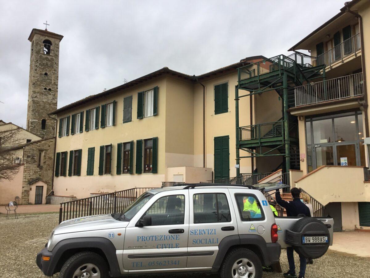 2 - Tamponi rapidi covid 19 scuola elementare parrocchia da parte Misericordia Antella - 14 gen 2021 - foto Giornalista Franco Mariani (4)