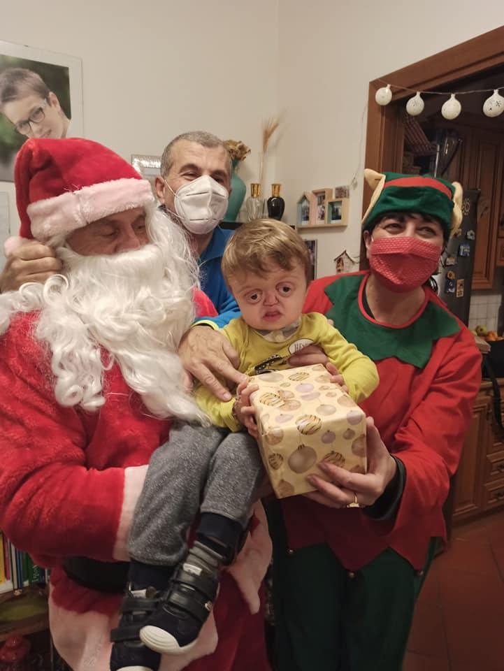Visita Babbo Natale Misericordia Antella a casa di Francesco - 24 dic 2020 (1)
