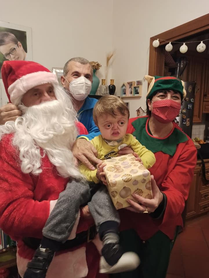 Visita Babbo Natale Misericordia Antella a casa di Francesco - 24 dic 2020 (2)
